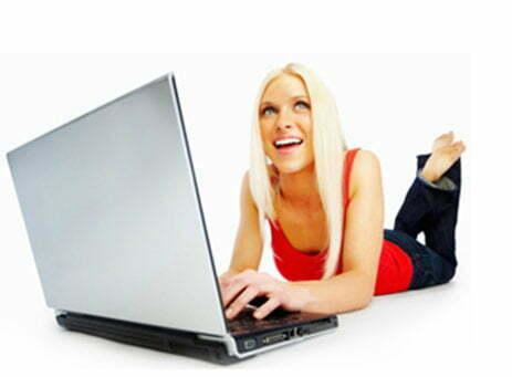 satellite-internet-on-laptop